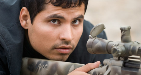 Michael Peña – Shooter