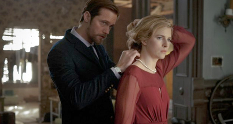 Brit Marling & Alexander Skarsgård – The East