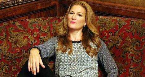 Ana Gasteyer – entertainer