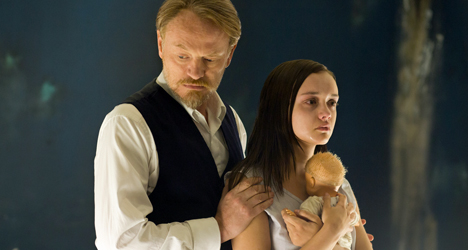 Jared Harris & Olivia Cooke – The Quiet Ones